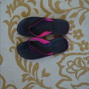 Other - Girls flip flops!